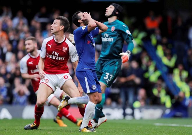 Chelsea 0-0 Arsenal: Doi khach an mung hut, David Luiz nhan the do hinh anh 18