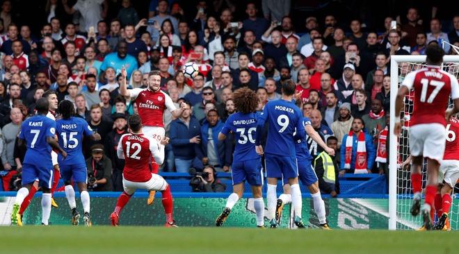 Chelsea 0-0 Arsenal: Doi khach an mung hut, David Luiz nhan the do hinh anh 24