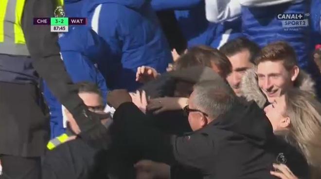 Chelsea vs Watford (4-2): Conte 'no tung' phan khich hinh anh 29