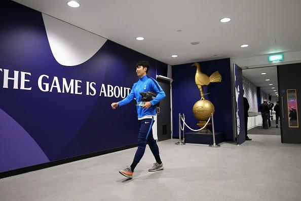 Thang dam Liverpool, Tottenham can bang diem so voi MU hinh anh 5