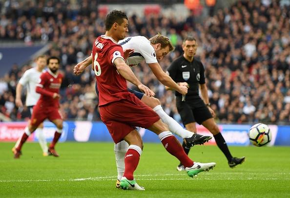 Thang dam Liverpool, Tottenham can bang diem so voi MU hinh anh 23