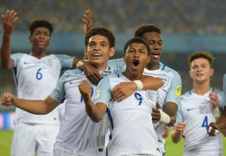 Sao tre Liverpool lap hat-trick, Anh ha Brazil o ban ket U17 World Cup hinh anh