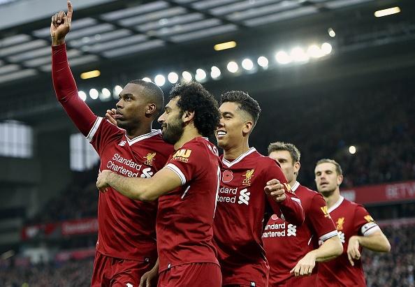 Liverpool 3-0 Huddersfield: The Kop san bang ky luc buon hinh anh 1