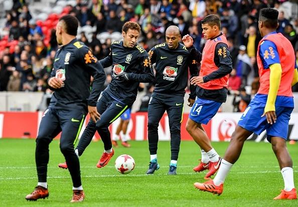 Nhat Ban 1-3 Brazil: Neymar ghi ban va da hong phat den hinh anh 9