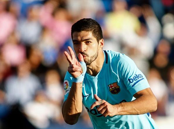 Suarez lap cu dup, Barca tam bo xa Real 11 diem hinh anh 12