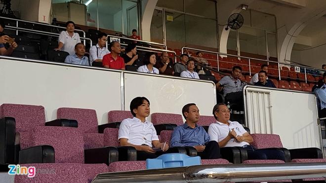 CLB TP.HCM 2-4 Quang Ninh: Man an mung nhu treu nguoi Cong Vinh hinh anh 7