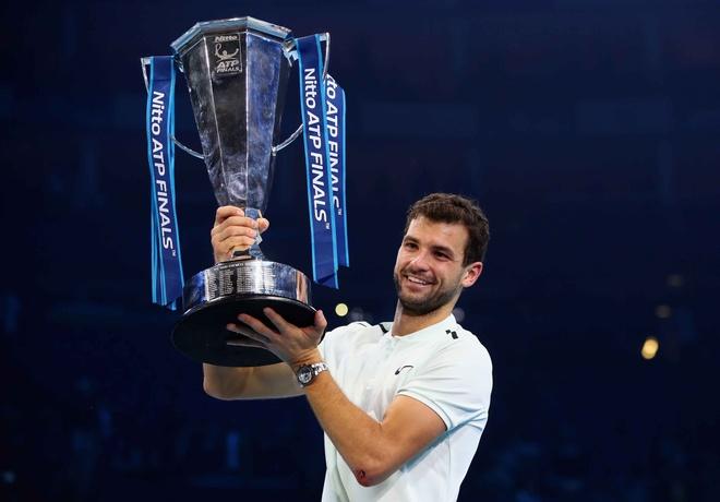 'Tieu Federer' guc xuong hanh phuc mung danh hieu lon nhat su nghiep hinh anh