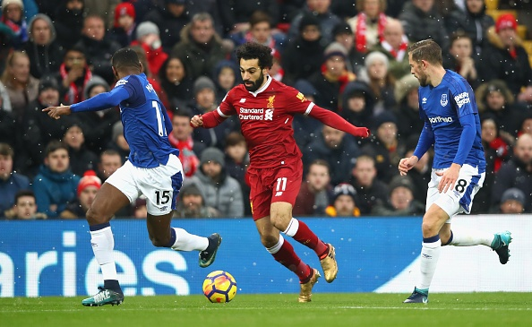 De Rooney choc thung luoi, Liverpool lo co hoi vao top 3 hinh anh 17