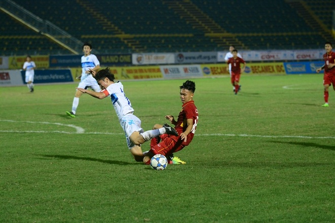 U19 Viet Nam nhan that bai dau tien tai giai U21 Quoc te hinh anh 6