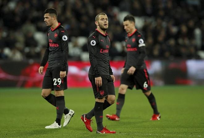 Arsenal tut xuong thu 7, sao Han Quoc ghi ban giup Spurs ha Brighton hinh anh 6