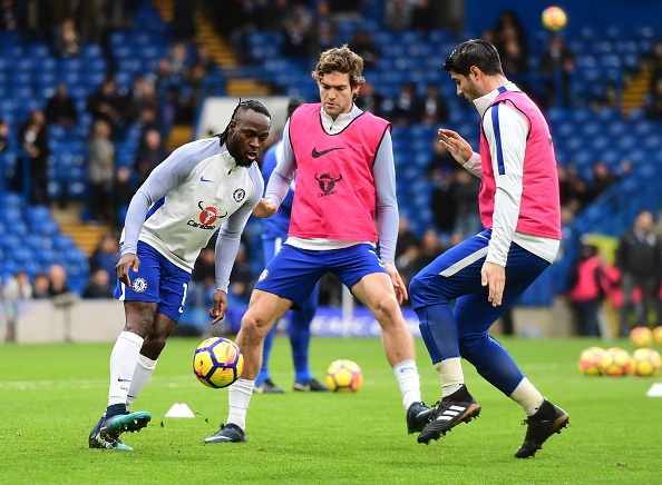 Chelsea tam vuot MU, Liverpool nguoc dong thang Leicester hinh anh 11