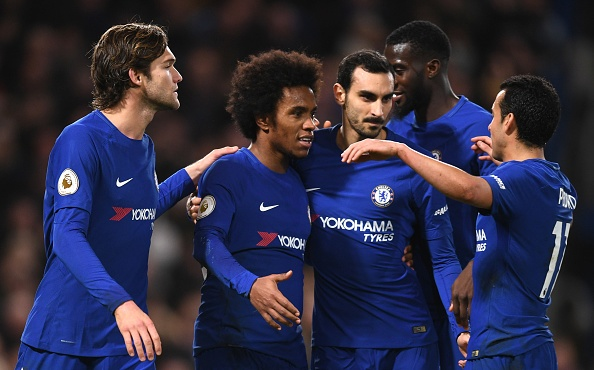 Chelsea tam vuot MU, Liverpool nguoc dong thang Leicester hinh anh 28