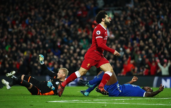 Chelsea tam vuot MU, Liverpool nguoc dong thang Leicester hinh anh 30