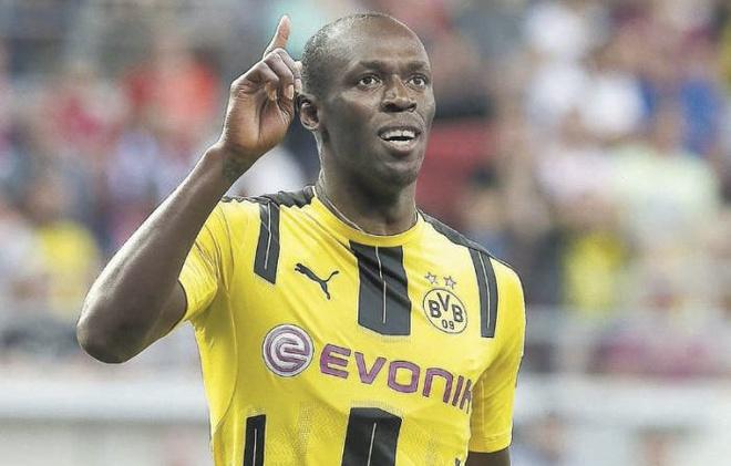 'Tia chop den' Usain Bolt thu viec tai Dortmund hinh anh