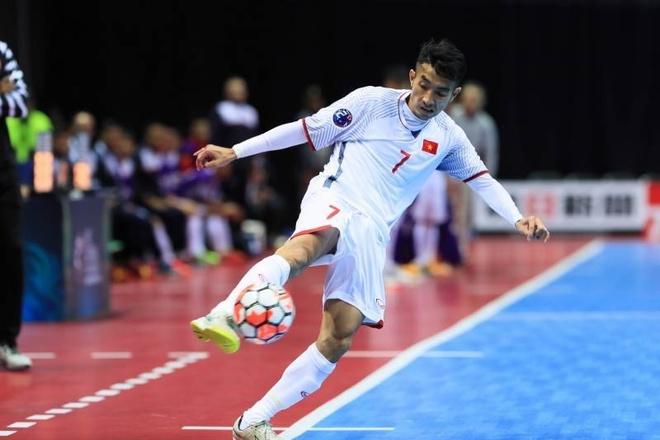Thua Uzbekistan 1-3, futsal Viet Nam dung chan o tu ket hinh anh 4