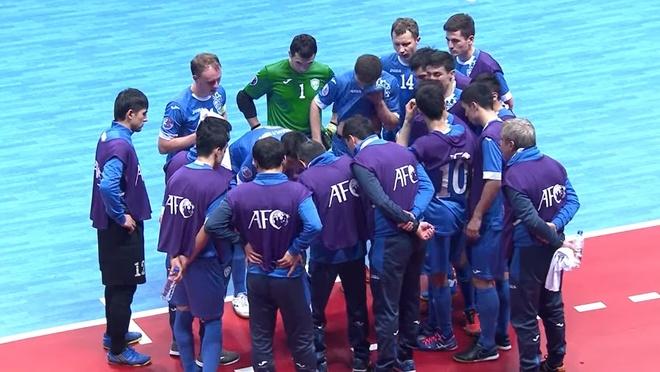 Thua Uzbekistan 1-3, futsal Viet Nam dung chan o tu ket hinh anh 7