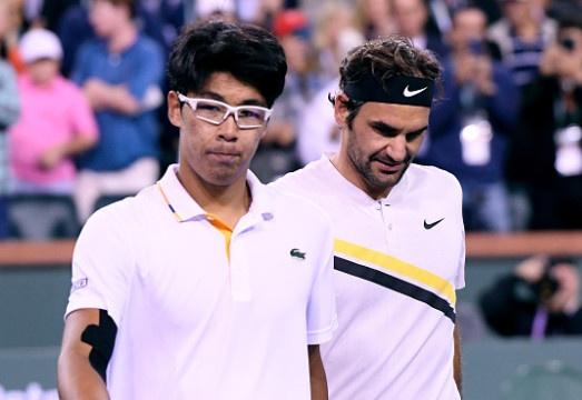 Ha tai nang tre Han Quoc, Federer bao ve thanh cong ngoi so 1 hinh anh