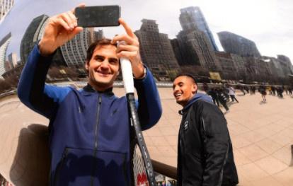Federer vui ve ra mat Laver Cup sau that bai truoc Del Potro hinh anh