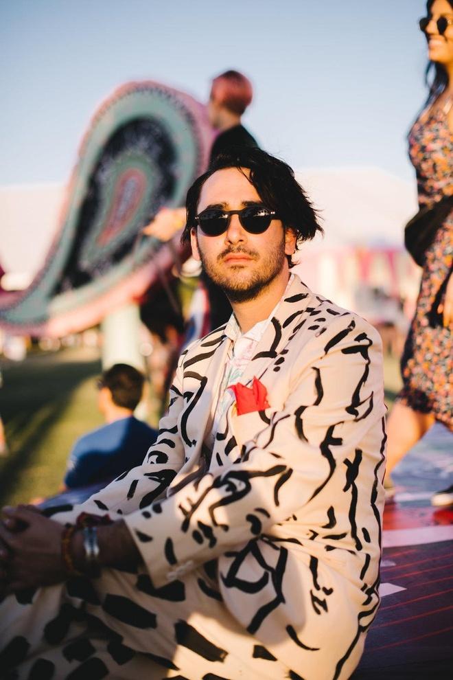Fashionisto 'bung het co' tai le hoi am nhac Coachella 2019 hinh anh 9