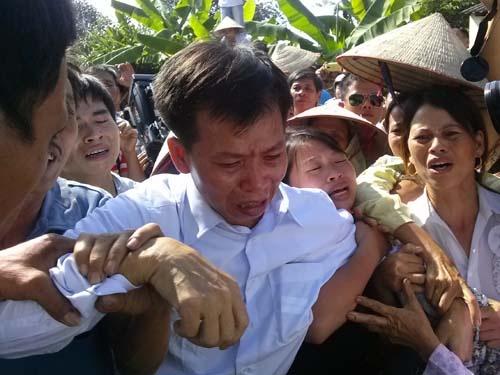 Việc đòi bồi thường về tổn thất và tinh thần cho án oan 10 năm của ông Nguyễn Thanh Chấn còn hết sức gian nan.