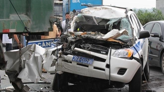 Công an thu clip 3 CSGT tử nạn trên đường cao tốc - Xã hội