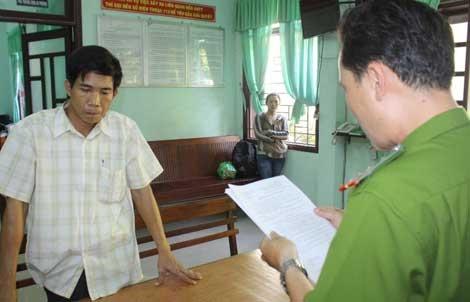 Chan dung ong trum va duong day ca do bong da ngan ty hinh anh 2 Cơ quan CSĐT đọc lệnh bắt Nguyễn Văn Thái, của ông trùm Hải.