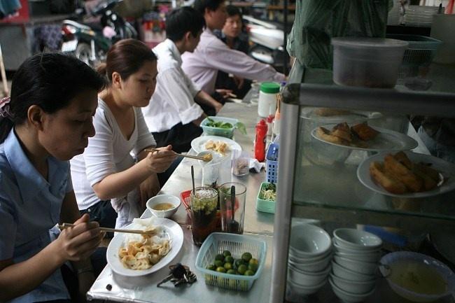 'Bun mang, chao chui' o Ha Noi se bi xoa so? hinh anh