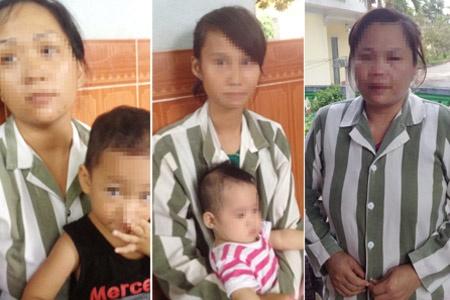 Nha tre dac biet trong trai giam hinh anh 1 Những nữ phạm nhân mang theo con vào trại giam để nuôi dưỡng.