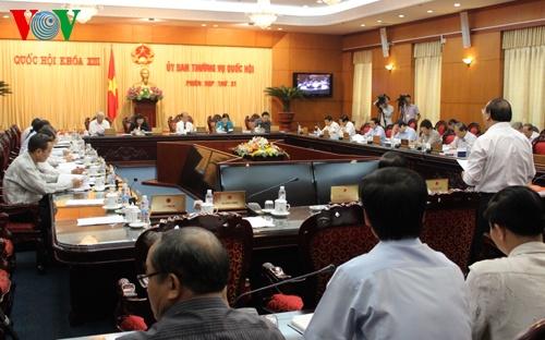 Se chat van Bo truong TN-MT va Thong doc Ngan hang Nha nuoc hinh anh 1 Phiên họp thứ 31 Ủy ban Thường vụ Quốc hội.