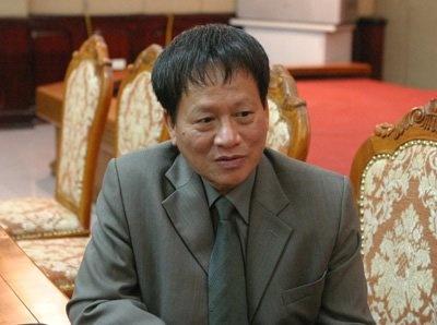 'Chat cay xanh Ha Noi khong phai hoi dan' hinh anh 1 Phó Ban Tuyên giáo Thành ủy Phan Đăng Long. Ảnh: Khám phá.