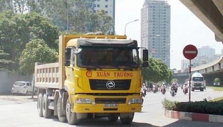 Lam ro thong tin 'xe vua' o Ha Noi hinh anh