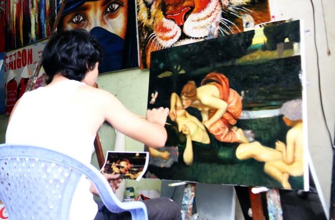 Nhung cu lua trong the gioi do co: Muon do that, tra do nhai hinh anh 2 Thuê vẽ bằng một bức ảnh chụp tranh kèm theo kích cỡ thì trong một ngày có ngay bức tranh y chang tranh thật.
