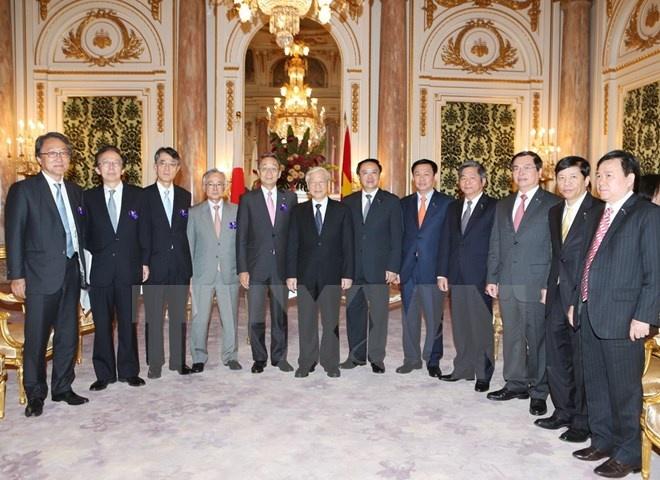 Nhieu co hoi moi cho doanh nghiep Viet Nam - Nhat Ban hinh anh 1 Tổng Bí thư Nguyễn Phú Trọng tiếp Chủ tịch Tập đoàn Sumitomo Kuniharu Nakamura.