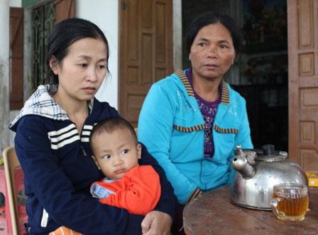 3 thuyen vien Viet Nam mat tich tren vung bien Nhat Ban hinh anh 2 Gia đình của thuyền viên Nguyễn Đình Ngà nóng lòng chờ tin tức.
