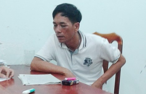 Chem nguoi gay thuong tich, chu quan Beer Club Ship bi bat hinh anh 1 Nguyễn Văn Tốt tại cơ quan điều tra.