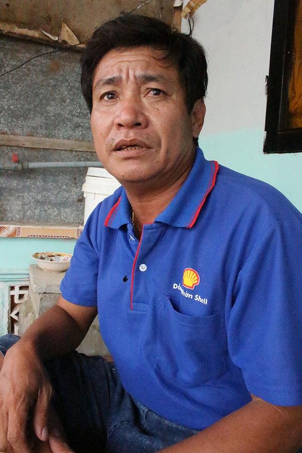 Tau ngu dan Song Doc lien tuc bi tau nuoc ngoai bat giu hinh anh 1 Ngư dân Từ Tấn Lộc từng bị giam nhiều tháng ở Thái Lan.