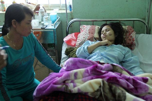 Sau nan nhan bi Vien truong VKS tong bi thuong rat nang hinh anh 2 Nạn nhân bị thương nặng nhất đang trong tình trạng hôn mê tại Bệnh viện Quân y 211 Gia Lai.