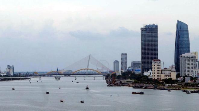 Da Nang ban lam ham nghin ty vuot song Han hinh anh 1 Vị trí giữa cầu Sông Hàn và cầu Thuận Phước nhiều khả năng được chọn để xây hầm vượt sông.