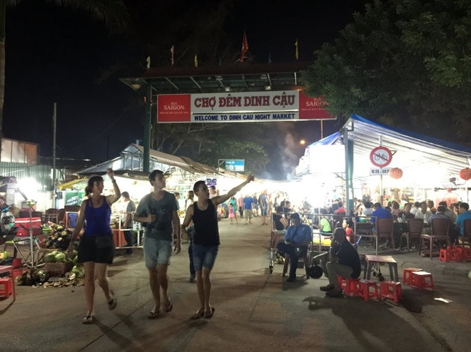 Phu Quoc 'khai tu' cho dem Dinh Cau hinh anh