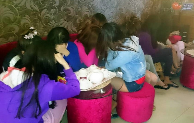 Phat hien 2 co so massage co hanh vi kich duc hinh anh