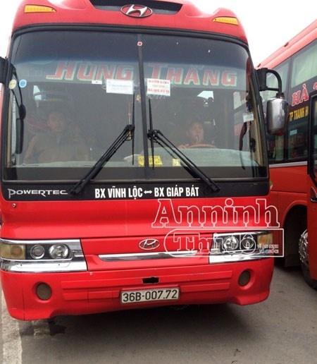 Ha Noi: xe khach 45 cho cho 74 hanh khach hinh anh 2