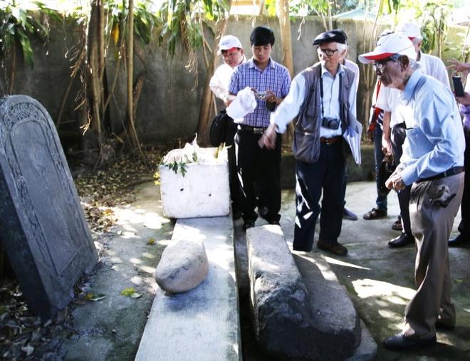 Lang mo vua Quang Trung: Nhung phat hien o chua Thien Lam hinh anh