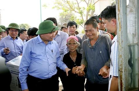 Pho thu tuong: Khong de dan doi, dan khat do nang han hinh anh