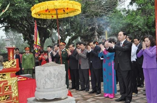 Chu tich nuoc Tran Dai Quang lam viec tai Ninh Binh hinh anh 3