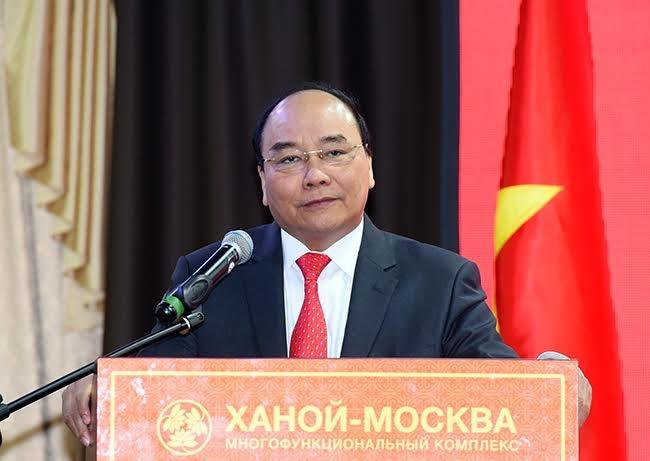 Thu tuong Nguyen Xuan Phuc gap go kieu bao Nga hinh anh 1