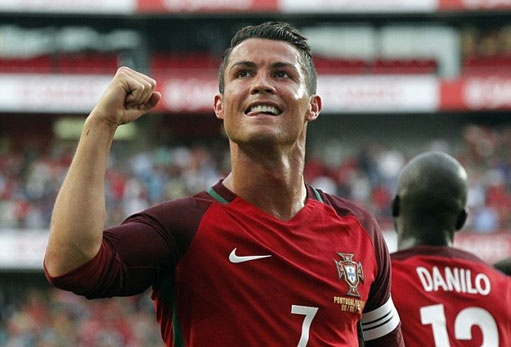 Ronaldo - Thu linh cuoi cung xuat tran hinh anh 1