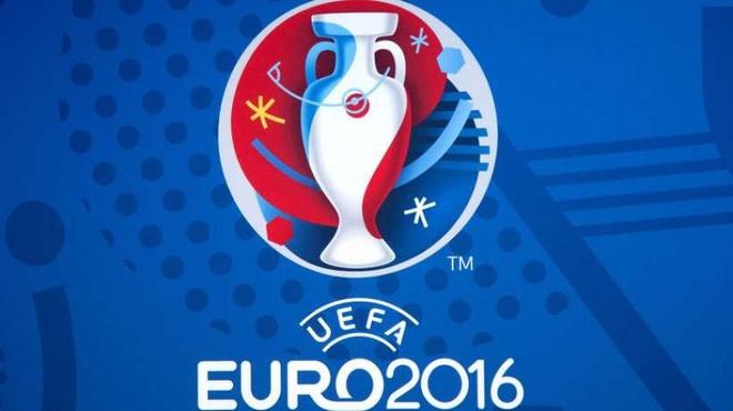 Toàn cảnh vòng bảng Euro 2016 qua thơ
