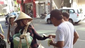 Clip du khach Trung Quoc hanh xu vo van hoa hinh anh