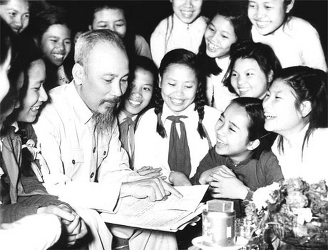 Bac Ho voi Ha Noi: Nhung ngay dau giai phong hinh anh 2
