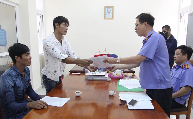 3 thanh nien 'dung hong gio bi quy toi cuop' duoc minh oan hinh anh 1